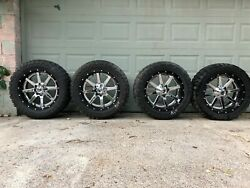 22X10 FUEL MAVERICK D260 2 PIECE WHEELS & 35X12.5R22 TOYO OPEN COUNTRY MT 6X5.5