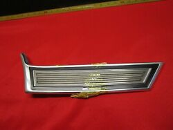 1972 Ford Gran Torino Front Fender Molding Right Front Nos