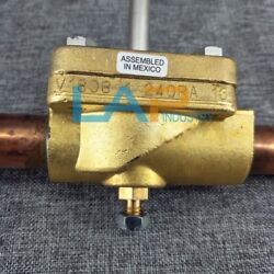 1pcs New For Emerson Solenoid Valve 240ra16t11t Air Conditioning Shut-off Valve