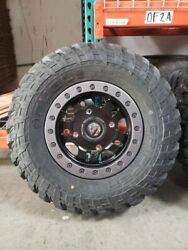 14 Fuel D917 Beadlock And 28 Fuel Gripper T/r/k Wheel And Tire 4x156 Small Scratch