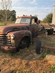 Chevrolet Truck 1947 1 1/2 Ton. Was Used Until 1985 Hauling Grain .