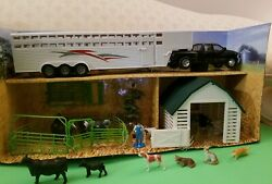 New Ray 1/32 Country Life With Beef Cattle + Trailer., Barn+ More.bonus Dog/cats