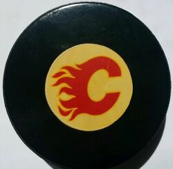 Calgary Flames Nhl Viceroy Mfg. Vintage Made In Canada Official Game Puck Gem