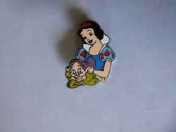 Disney Trading Pins 34818 Wdw - Toontown Event - Fairest And Foulest Pin Set S