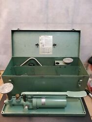 Used Ashcroft 1305-b Portable Dead Weight Tester