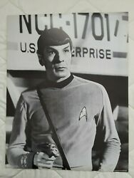 Star Trek Tos - Spock With Phaser B/w Poster - 18 X 23