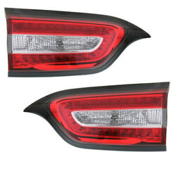 14-18 Cherokee 2.4l And 3.2l Inner Taillight Taillamp Rear Brake Light Set Pair