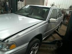 Fuel Tank Sedan Without Turbo Fits 98-99 Volvo 70 Series 10196520