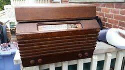 Antique Olympic Tru-base Tube Am Radio Phonograph Record Player Model 6-617