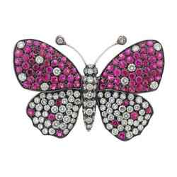 Unique Butterfly Design Pink Round Cut Ruby With White Shiny Cz 2.85tcw Brooch