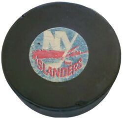 New York Islanders Nhl Vintage Official Game Puck Ccm Art Ross Converse 🇺🇸
