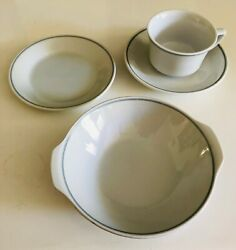 Braniff Airlines - Gray Trim 4-piece Place Setting