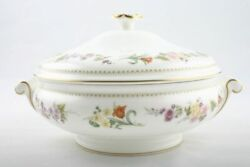 Wedgwood - Mirabelle R4537 - Vegetable Tureen With Lid - 140260g