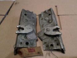 1949 Lincoln Nos Front Door Latch Locks 8h-7321812-3 Left And Right Pair
