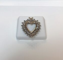 Womens New 10kt Gold Heart Shaped Pendant With Diamonds