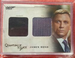 James Bond Archives 2009 - Qc03 - Bondand039s Tie And Jacket Relic Costume Card