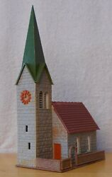 N Scale Building Church Gray Stone Brown Courtyard Life-like 7410 Built Exc