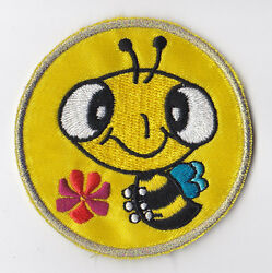 Girl Guides Scouts Of Hong Kong - Hk Gg Happy Bee Gold Award Patch