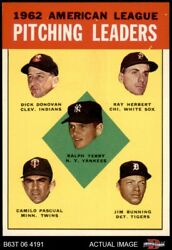 1963 Topps 8 Jim Bunni Yankees / Indians / White Sox / Twins / Tigers 8 - Nm/mt