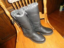 TOTES BOOTS PREOWNED SIZE 6 matte black MONA $20.00