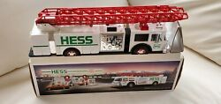 1989 White Hess Toy Fire Truck With Dual Sound Siren Never On Display X361