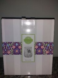 Scentsy Electric Wax Warmer Free To Fly