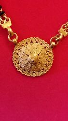 22kt Yellow Gold Intricate Detailed Medallion And Black Onyx Necklace-euc