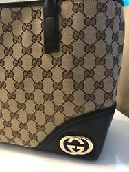 GUCCI GG Logo Canvas Monogram BAG NEW WITH TAGS $989.00