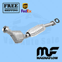 Direct Fit- Catalytic Converter Magnaflow For Lincoln Town Car 1999-2002