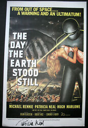 Patricia Neal Day The Earth Stood Still Hand Sign Autograph Poster