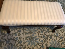 Pick Up Only Queen Anne Style Legs Upholstered Bench Mahogany Wood Bench