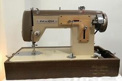 Pfaff Dial-a-stitch Precision Built De Luxe Sewing Machine With Pedal And Case-