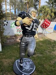 Life-size The Raiders Las Vegas Nfl Player Black And Silver Football Player 6.5 F