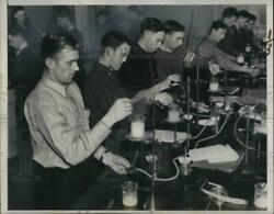 1938 Press Photo Milk Testing At Wisconsin Agriculture College