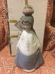 Lladro Nao 359 Girl With Water Jug On Her Head Retired Mint Original Box L@@k
