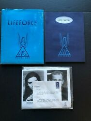 Lifeforce 1985 - Movie Press Kit Envelope W/photos And News