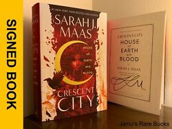 Sarah J. Maas Signed Book House Of Earth And Blood Crescent City 1st Hardcover