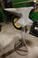 152 Lb Mouse Hole Antique Blacksmith Anvil On A Stand