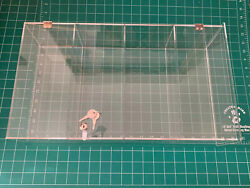 """Acrylic Display Case For Collectibles 18""""x 7"""" X 4"""" W/ Lock And 2 Keys New/ Mint"""