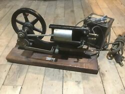 Antique Cutaway Motor Hit Miss Sparker Electric Steam Ic Chicago Apparatus