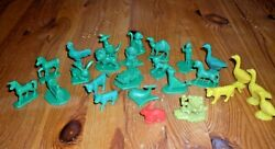 Vintage Plastic Toy Farm And Zoo Animals Lot 25 Marx Timmee