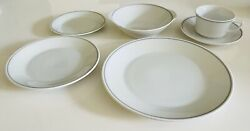 Braniff Airlines - Gray Trim 5-piece Place Setting