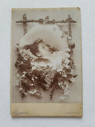Post Mortem Young Girl Floral Vignetting Antique Cabinet Photo Around 1900-1910