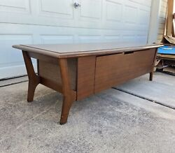 Vintage Mcm Stereo Console Coffee Table W/ Dual Speakers