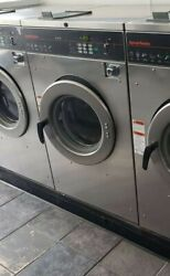 Speed Queen Front Load Washer 30 Lb1 And 3 Phase Scn030jcf Ss0912024361 [refurb]
