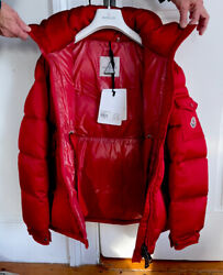 Moncler Womens 00 Rare Limited Edition