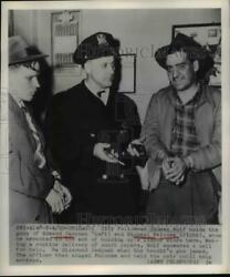 1949 Press Photo Of Police Officer Thomas Wolf, Edward Jasunas L, And Michael