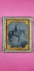 Civil War Union Cavalry Soldier With A Sword On His Side And His Horse. 1/6 Plt