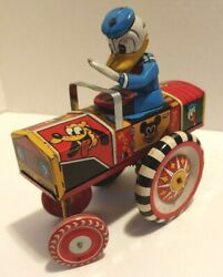 Marx Tin Lithographed Wind Up Donald Duck Dipsy Car