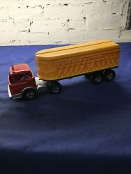 Vintage Red Yellow Metal Hubley Kiddie Toy Cattle Semi Truck And Plastic Trailer